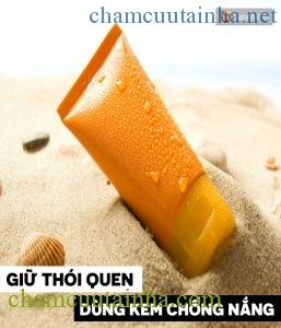 Những việc cần thay đổi trong dưỡng da khi chuyển từ nắng nóng sang mưa lạnh - Ảnh 3.