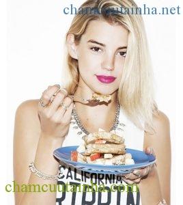 Những lời khuyên giảm cân thực chất có thể làm bạn... béo thêm! - Ảnh 1.