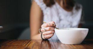 Bỏ bữa là điều sai lầm khi giảm cân
