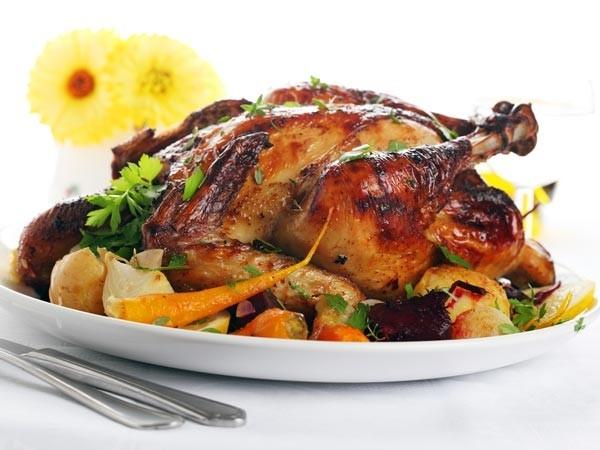 Đồ nướng rất giàu chất béo bão hòa, làm tăng cholesterol xấu, giảm cholesterol tốt và gây tình trạng viêm trong cơ thể. Ngoài ra, chúng còn tăng độ axit và gây rối loạn tiêu hóa vào mùa hè.