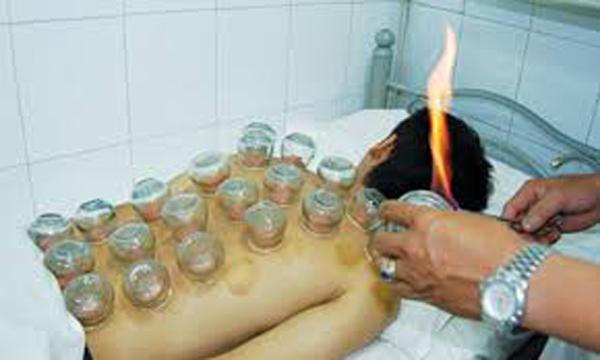 Phương pháp này cần phải được thực hiện bởi nhân viên y tế có chuyên môn.
