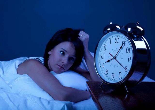 Khi bạn thức khuya, chức năng ghi nhớ của não bộ sẽ bị rối loạn.